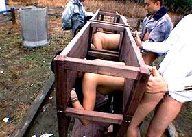 Testing new slaves outdoor fucking machine-tool